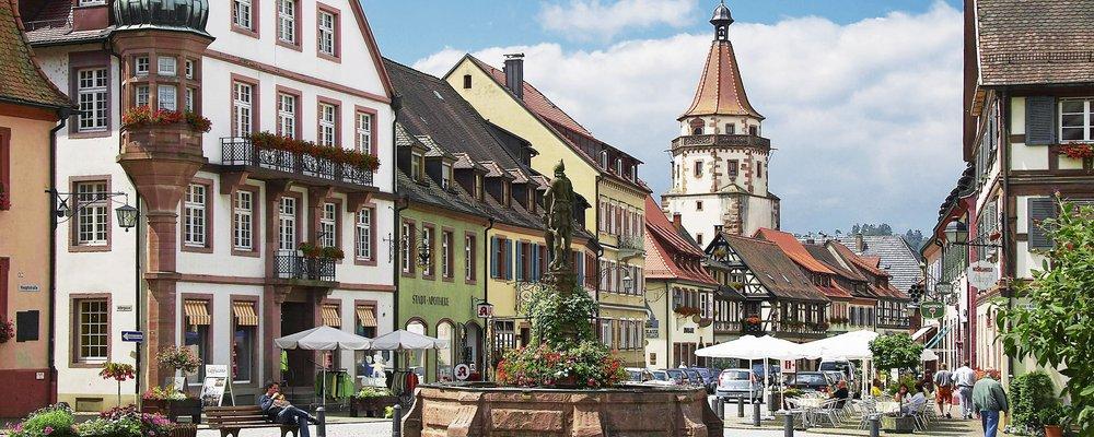 Schwarzwald kinzigtal und elsass g ssi carreisen for Design hotel schwarzwald